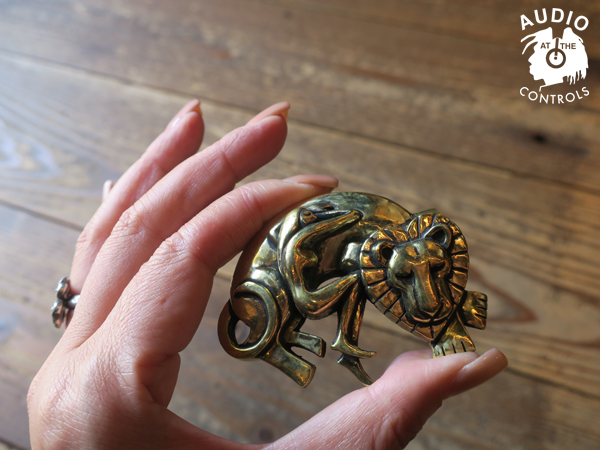 Kads MIIDA×CHAOS DESIGN / Lion and Woman Paperweight カオスデザイン
