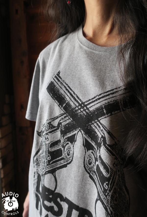 RUDE GALLERY / DESTROY TRADITION HAND GUN BIG SILHOUTTE TEE