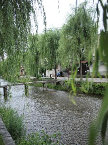知恩院前の川