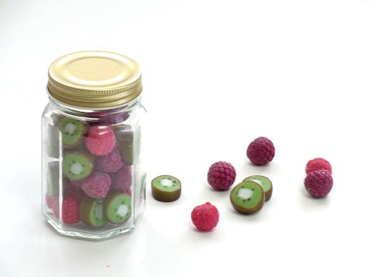 キウイとラズベリーのキャンディキャンドル.jpg