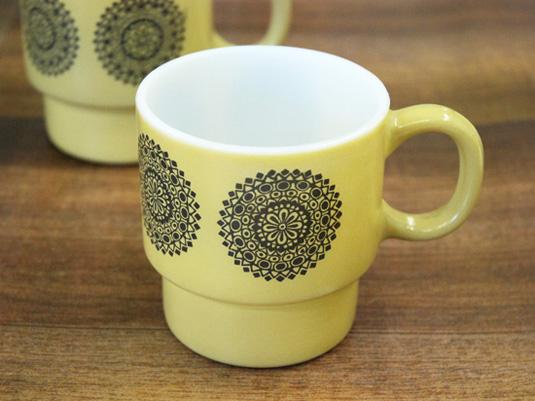 【ミルクガラス】幾何学模様のスタッキングマグカップ