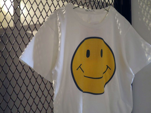 ジャクソンマティス スマイルTシャツ.jpg