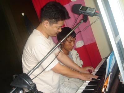 ピークンとピアノ