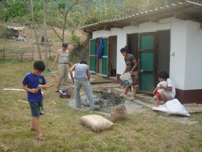 教会トイレのセメント工事2