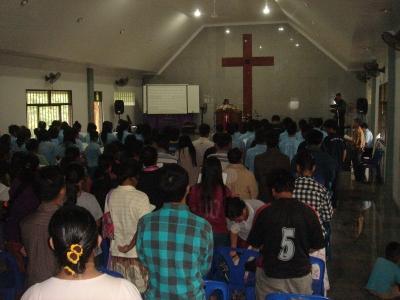 6月のチェンライ教会1