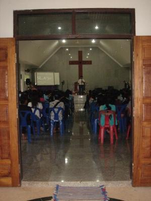 6月のチェンライ教会3