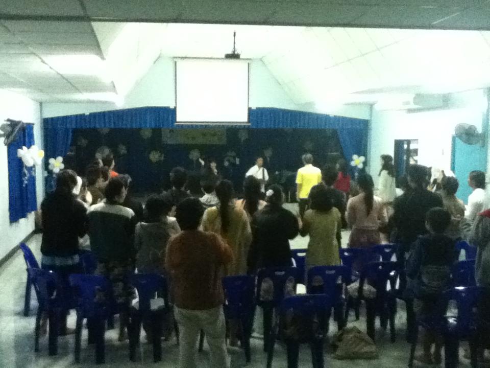 ChiangMai_City_Church_people