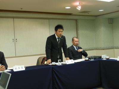 青山会長のあいさつ