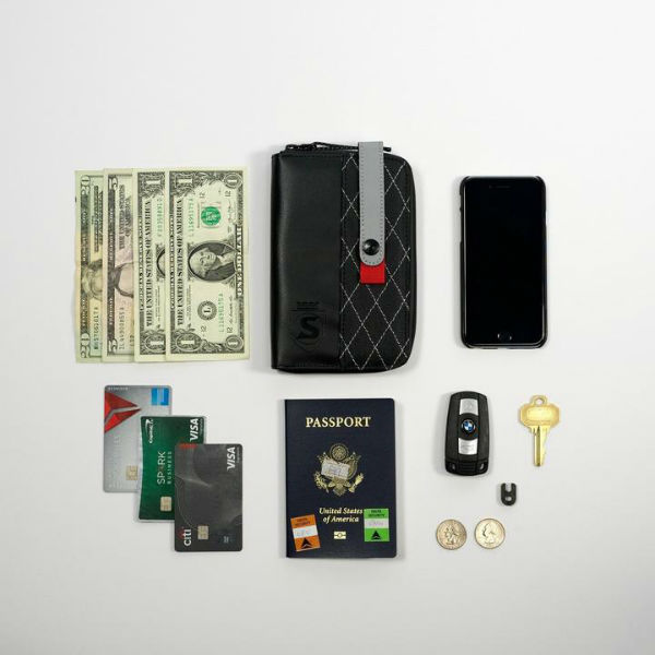 Phone_Wallet_4202_1960SQ_720x.jpg