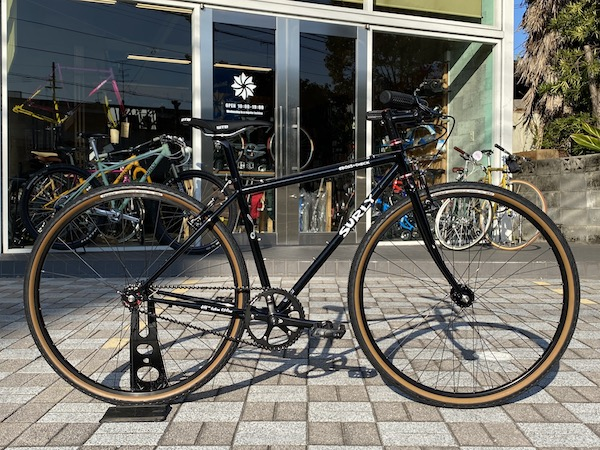 SHIMANO RS300 SORA 32h--QUICK RELEASE BLACK FRONT HUB