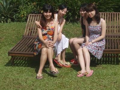 香港からの女性4人グループ
