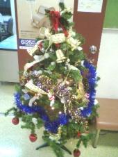 なんとも素朴な飾り付け。これぞクリスマス