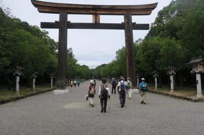 2_橿原神宮へ.jpg