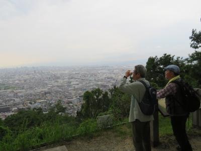 7_枚岡山からの展望.JPG