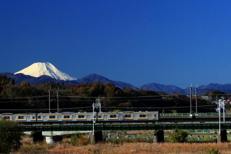 富士山が白く