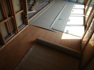 縁側床貼り