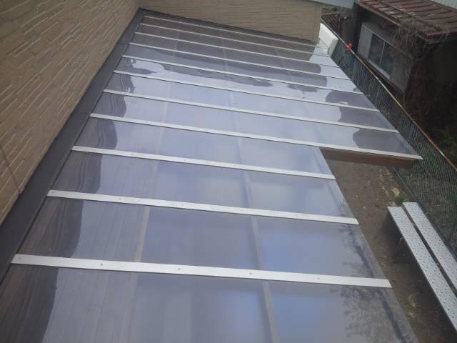 ポリカーボネイトの屋根
