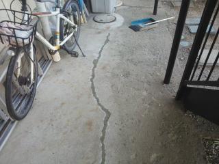 コンクリートひび割れ補修2