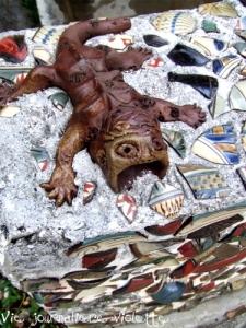 那覇市内の水道の装飾