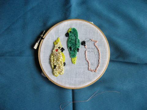 ビーズ鳥ブローチ2.5ぴき