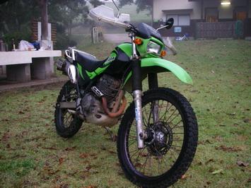 く〜に〜さんのバイク^^