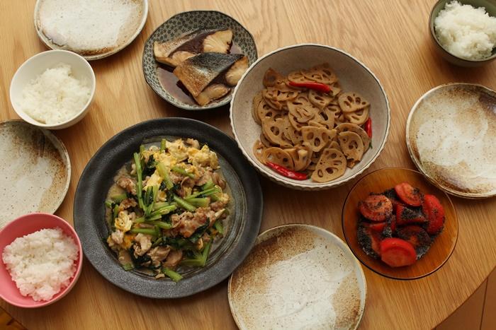 2016-10-21レンコンのきんぴら 豚と小松菜の卵とじ ブリの照り焼き.JPG