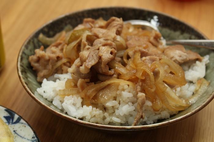 2016-10-30豚丼.JPG