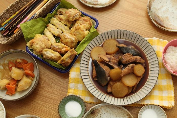 2016-11-03ブリアラ大根 大葉とキムチとチーズの豚巻き天ぷら 肉じゃがの残り物.JPG