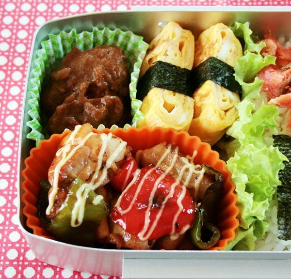 2012-09-28鶏とパプリカの照り焼き弁当.JPG