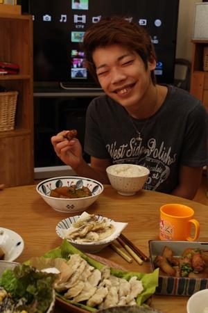 2016-12-0319歳の息子とごはん.JPG