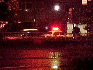 歌舞伎町、夜中のパトカー
