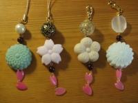 和菓子と桜のチャーム