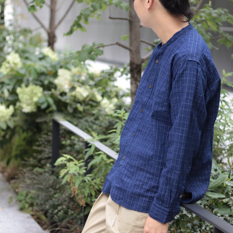 CLASSIC STAND COLLAR SHIRT