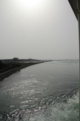 フェリーから見る徳島港