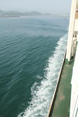 高松港を振り返る