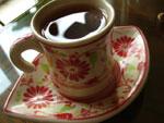 バチャン焼のエスプレッソ用カップでプーアル茶