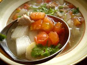 山薬肉丁番茄湯