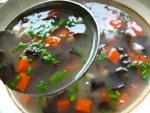 肉丁紅蘿蔔黒木耳湯