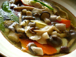 菌�湯(キノコのスープ)