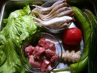 エツ、夜開花(夕顔)、葱、生姜、生菜(レタス)、蕃茄(トマト)、小排(豚のあばら)