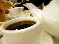 レストランのプーアール茶