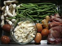 咸蛋(家鴨の卵の塩漬け)、豆腐、葱、刀豆、猪肉(豚肉)、生姜、鶏腿�、鶏蛋(鶏卵)