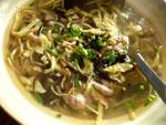 黒木耳雲糸蛋皮湯(黒木耳と腐竹と錦糸玉子のスープ)
