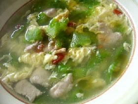 杞子涼瓜肉片湯(クコと苦瓜と豚肉のスープ)