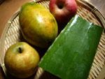 蘆薈(アロエ)梨、木瓜(パパイヤ)、蘋果(リンゴ)