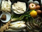 蝦、蘋果(リンゴ)、檸檬(レモン)、葱、紅辛椒(唐辛子)、大蒜、黒胡麻、豆腐、皮蛋 (ピータン)、包瓜、香菜、黄魚、金針�(えのき茸)、鶏蛋(鶏卵)