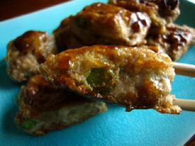 緑茶鮮蝦餅(緑茶と蝦の豆腐皮巻き焼)