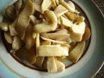 菰菜炒菱角(菱の実とマコモダケの炒めもの)