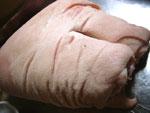 蹄膀(豚の腕の付け根肉)