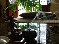 チベットのお香と沈香老散茶50年代